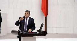 """CHP İzmir Milletvekili Kamil Okyay Sındır, """"şans oyunlarında şanssızlık artmış!"""" dedi"""