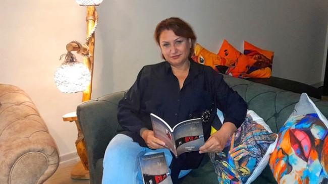 """Özlem Cinic """"Bugüne Adım Adım"""" adlı kitabını, kitapseverlerle buluşturdu"""