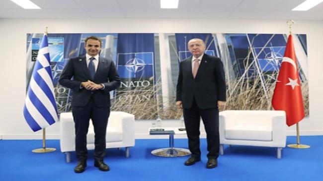 Cumhurbaşkanı Erdoğan, Yunanistan Başbakanı Miçotakis'le görüştü