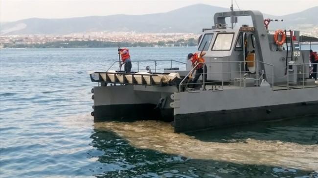Müsilajın Donanma Gemilerine Etkileri Araştırılıyor
