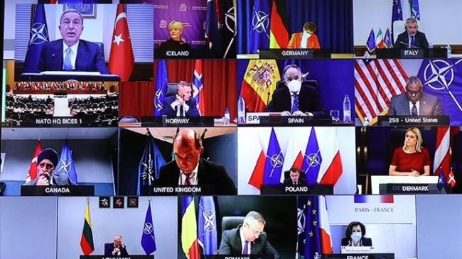 Millî Savunma Bakanı Hulusi Akar, NATO Savunma Bakanları Toplantısı'na Katıldı
