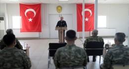 """Bakan Akar: """"Yunanistan Bir Silahlanma Yarışı Tutturmuş Gidiyor, Üç Beş Uçakla Güç Dengelerinin Değişmesi Mümkün Değil."""""""