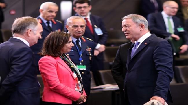 Bakan Akar, İspanya Savunma Bakanı Margarita Robles Fernandes ile Telefon Görüşmesi Gerçekleştirdi
