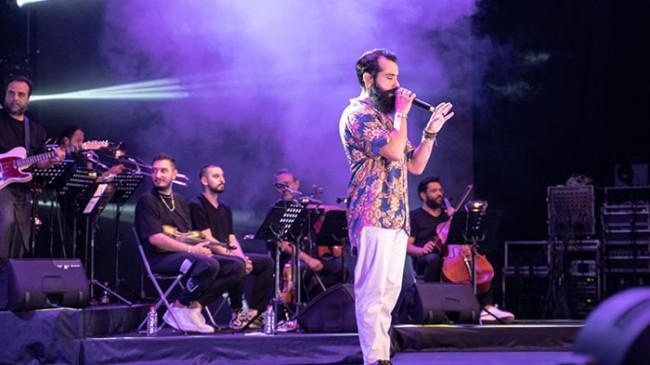 Gökhan Türkmen Harbiye'de unutulmaz bir konsere imza attı!