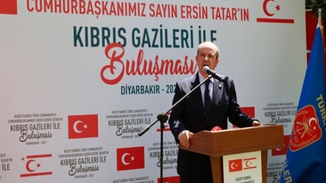 Cumhurbaşkanı Tatar, Diyarbakır'da düzenlenen etkinlikte Kıbrıs Gazileri ile buluştu