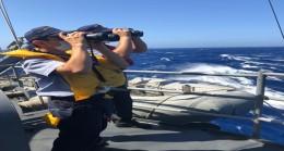 Batmak Üzere Olan 45 Kişilik Göçmen Teknesi İçin Arama-Kurtarma Çalışması Yapılıyor