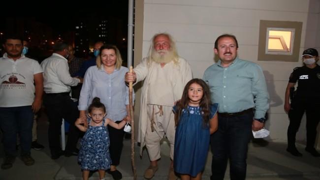 """""""CUDİ FESTİVALİ"""" ETKİNLİKLERİ KAPSAMINDA SEFİNE'DE HAVAİ FİŞEK GÖSTERİMİ DÜZENLENDİ"""