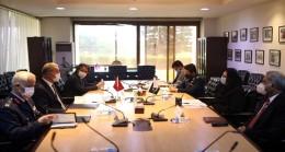 Bakan Akar, Pakistan Ziyareti Sırasında Savunma Üretim Bakanı Zobaida Jalal İle Bir Araya Geldi