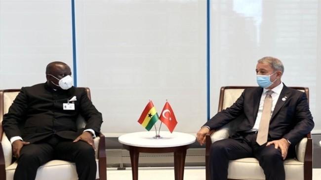 Bakan Akar, New York'ta Gana Savunma Bakanı Dominic Aduna Bingab Nitiwul ile Görüştü